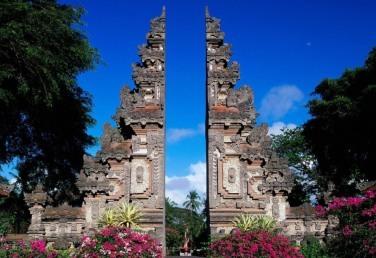 indonezia_bali_merci.travel-min
