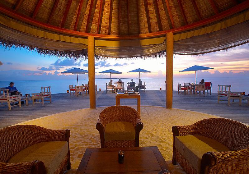 island-hideaway-restaurant