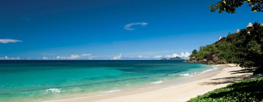 seychelles-maia_mahe-beach_maia_resort_seychelles