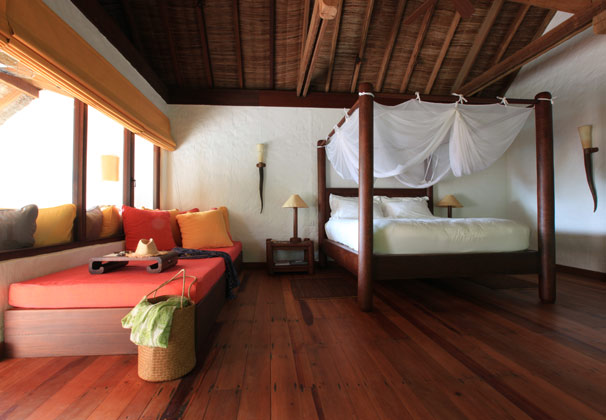 bedroom_of_soneva_fushi_villa_Merci.Travel