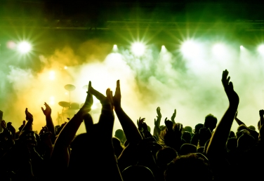 bigstock_silhouettes_of_concert_crowd_i_1565261621