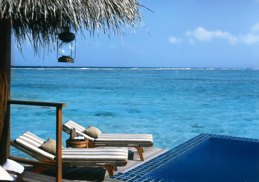 deluxe_lagoon_villa_with_pool_Merci.Travel
