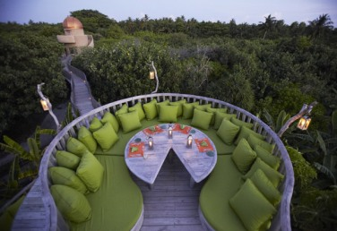 star-table-at-fresh-in-the-garden-restaurant_Merci.Travel